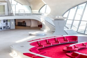 the-twa-terminal-is-famous-for-its-funky-architectural-elements-and